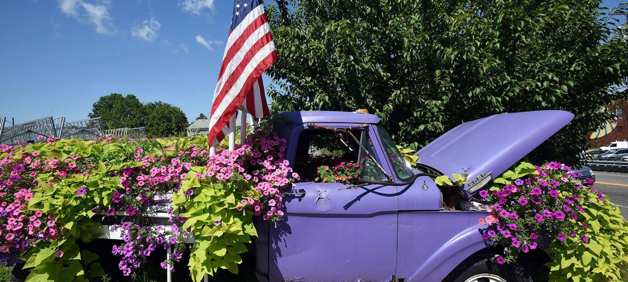 Flower truck in Niantic